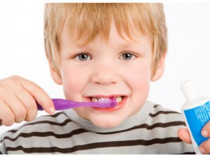 Al-cole-con-cepillo-de-dientes_reference